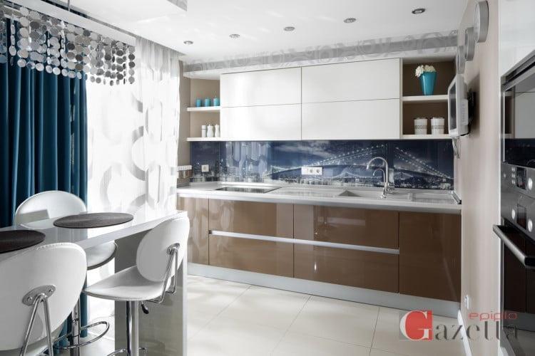 Μοντέρνα κουζίνα 305